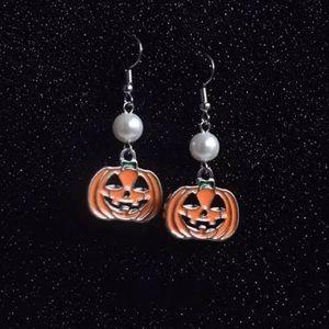 Jewelry - ARRIVED! Jack-O'-Lantern Dangle Earrings